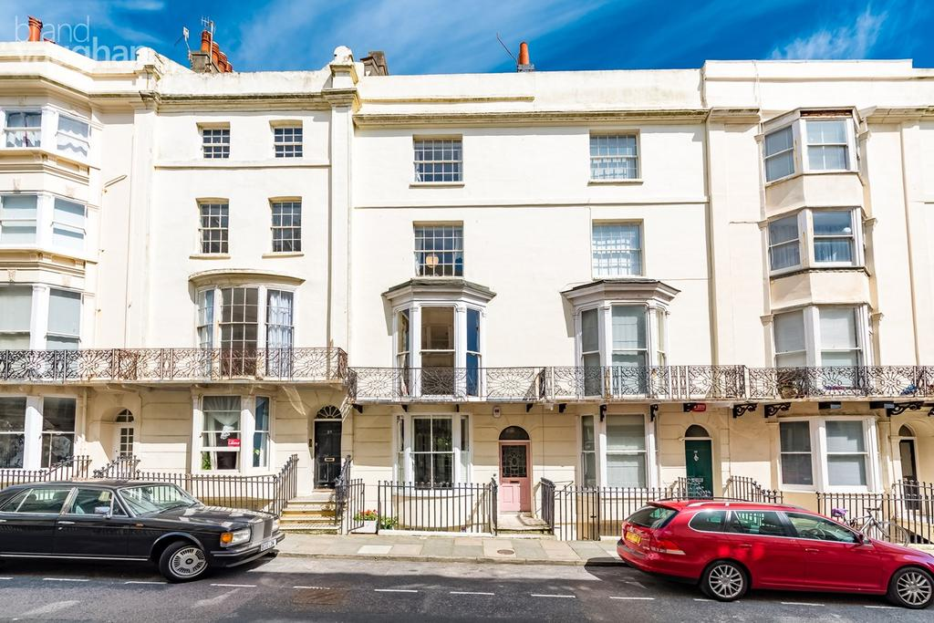 5 Bedrooms Terraced House for sale in Bloomsbury Place, Brighton, BN2