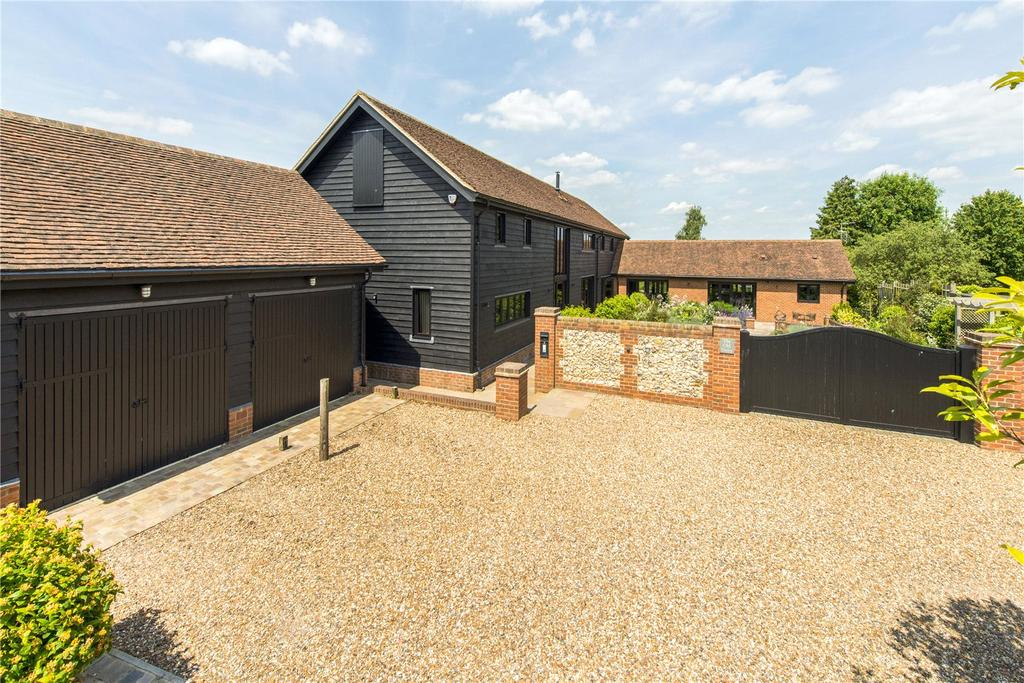 6 Bedrooms Detached House for sale in Singlets Lane, Flamstead, St. Albans, Hertfordshire, AL3