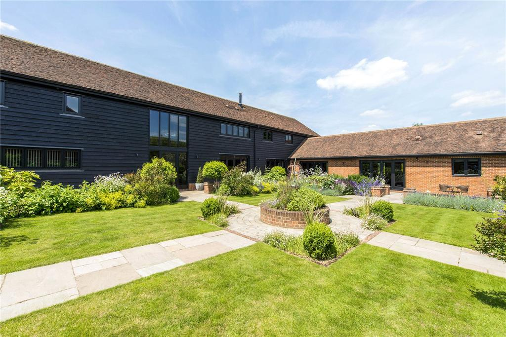 6 Bedrooms Detached House for sale in Singlets Lane, Flamstead, St. Albans, Hertfordshire, AL3