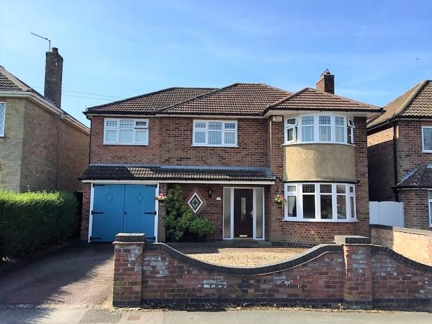 4 Bedrooms Detached House for sale in Oxford Drive, Melton Mowbray, LE13