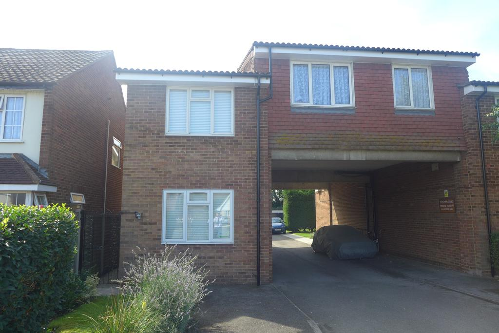 1 Bedroom Flat for sale in Benjamin Court, 424-428 Staines Road West, Ashford