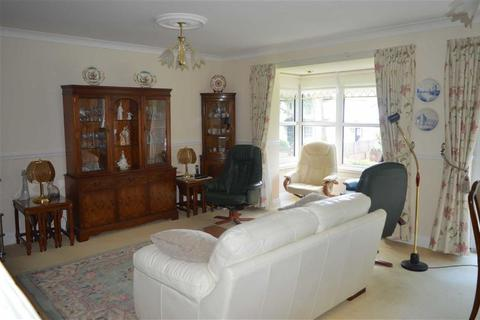 Studio for sale - Victoria Court, Caswell, Swansea