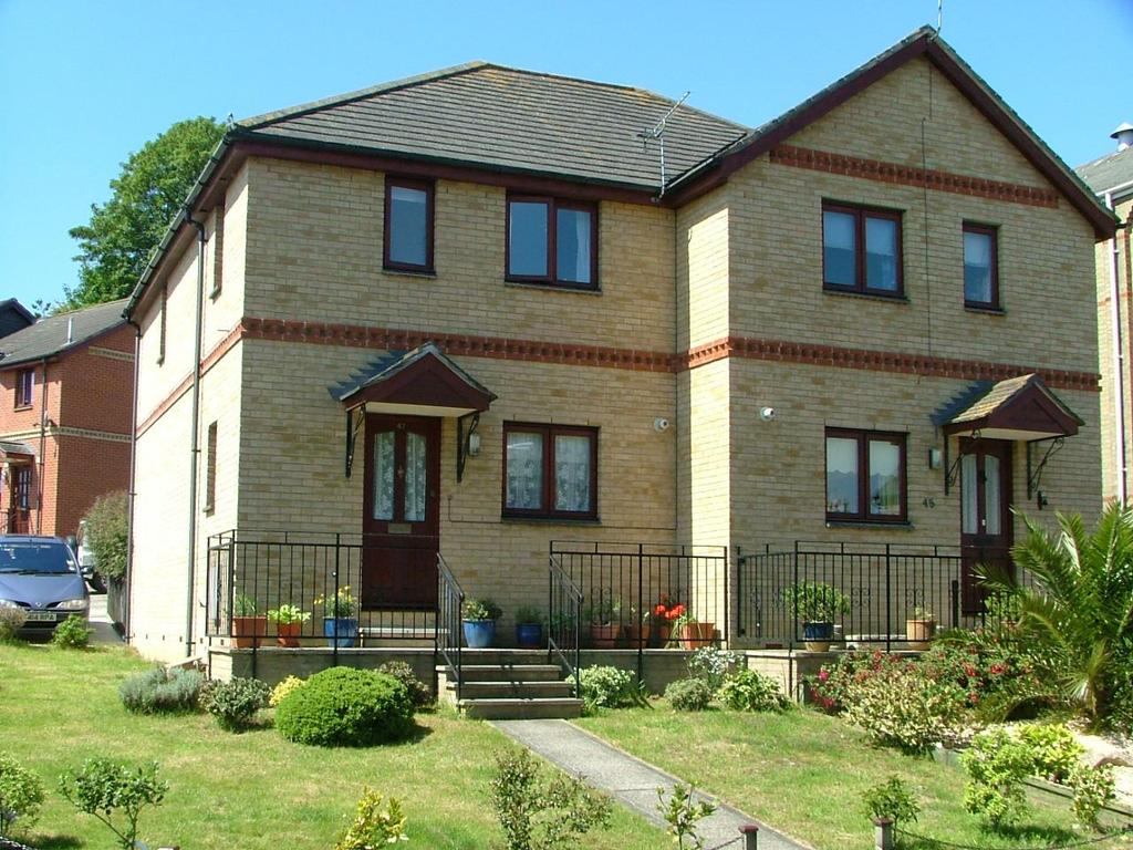 3 Bedrooms House for sale in Victoria Road