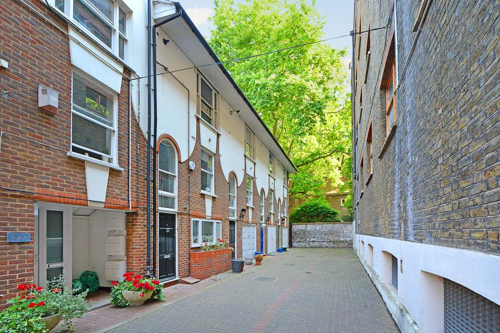 4 Bedrooms House for sale in Sovereign Mews, Shoreditch, London