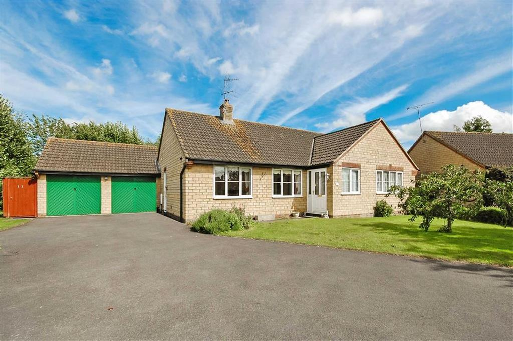 3 Bedrooms Detached Bungalow for sale in 11, Aubrey Rise, Malmesbury