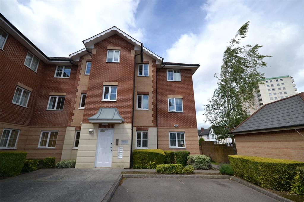 2 Bedrooms Apartment Flat for sale in Seager Drive, Cardiff Bay, Cardiff, CF11