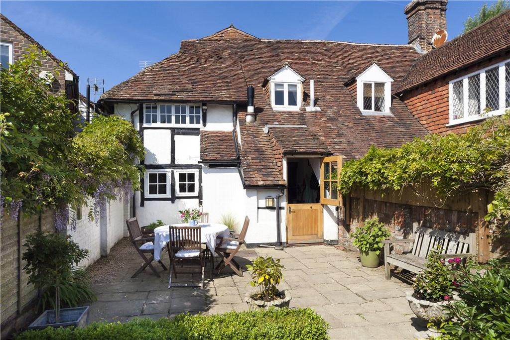 4 Bedrooms Semi Detached House for sale in High Street, Loxwood, Billingshurst, West Sussex, RH14
