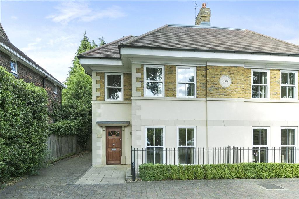 5 Bedrooms Semi Detached House for sale in Brooklands Road, Weybridge, Surrey, KT13