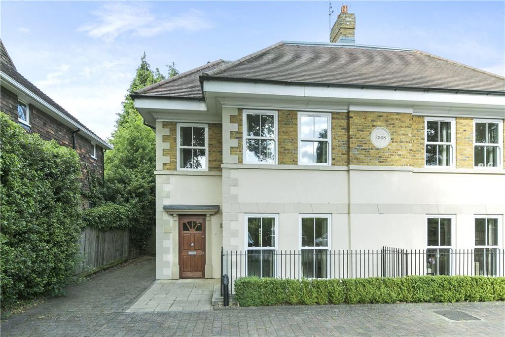 5 Bedrooms Semi Detached House for sale in Brooklands Road, Weybridge, Surrey, KT13