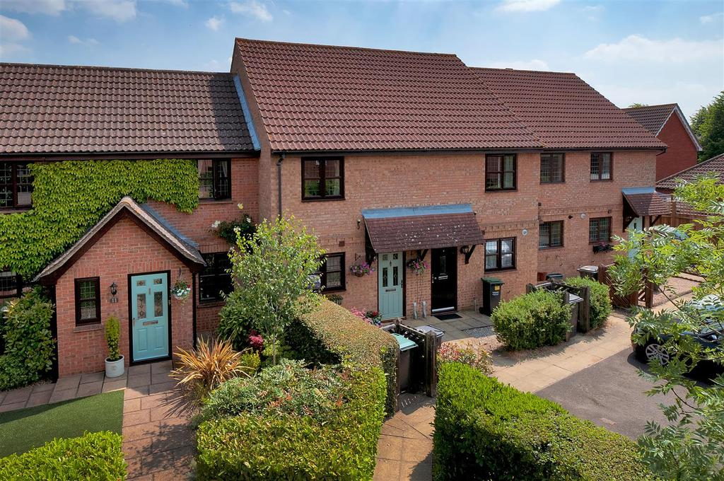 2 Bedrooms Terraced House for sale in Garden Way, Kings Hill, ME19 4FH