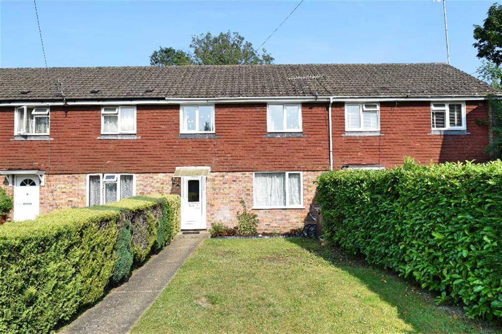 3 Bedrooms Terraced House for sale in Littlewood, Sevenoaks, TN13