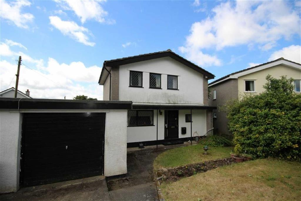 3 Bedrooms Detached House for sale in Caergelach, Llandegfan, Anglesey, LL59