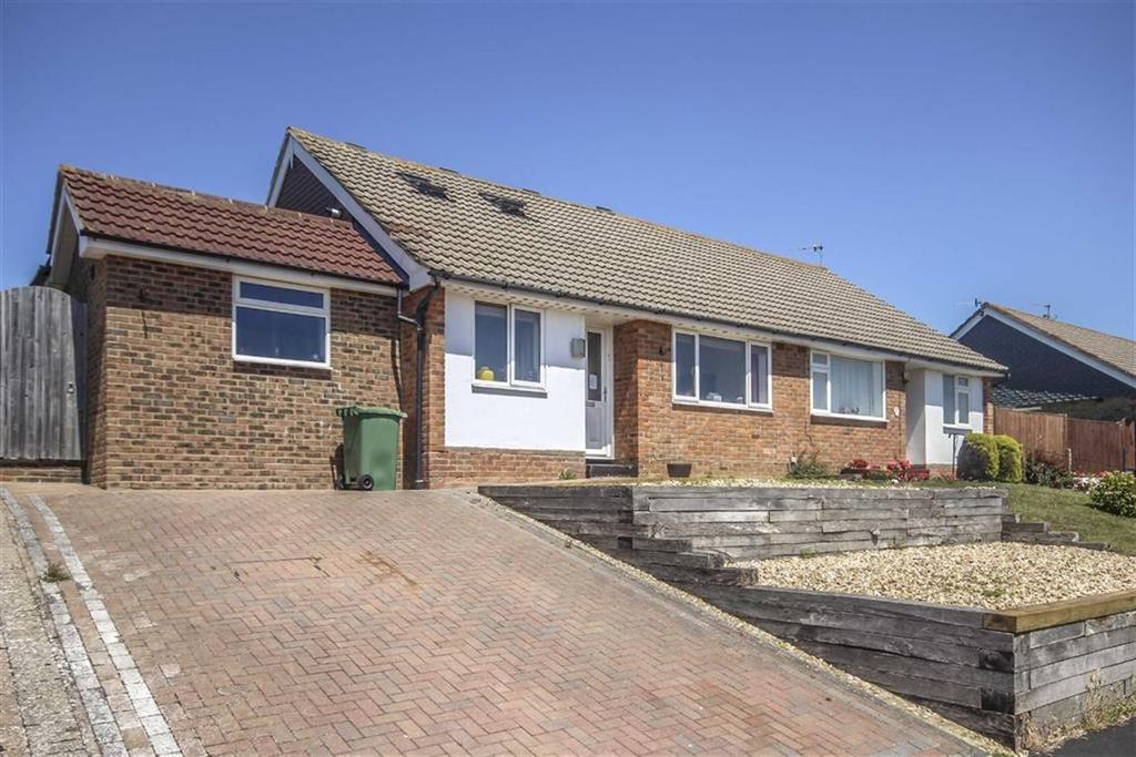 5 Bedrooms Chalet House for sale in Valley Drive, Seaford