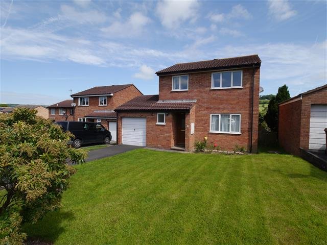 3 Bedrooms Detached House for sale in Pencross View, Hollingarth Way, Cullompton EX15