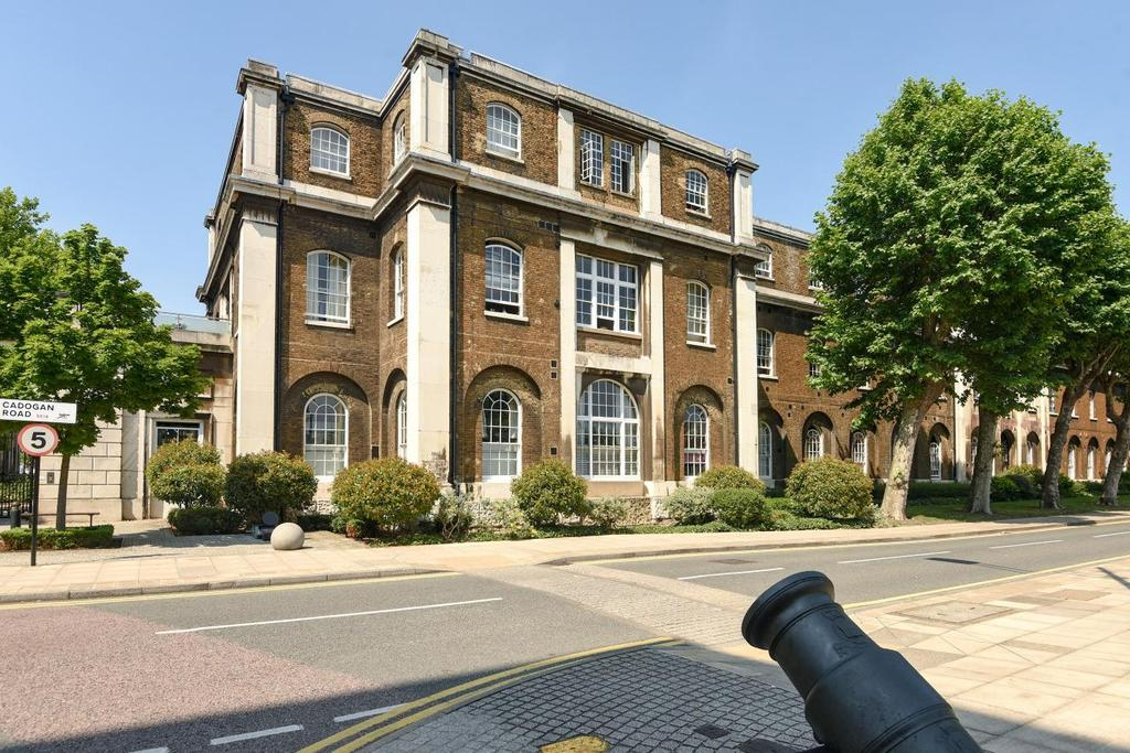 2 Bedrooms Flat for sale in Marlborough Road, Woolwich