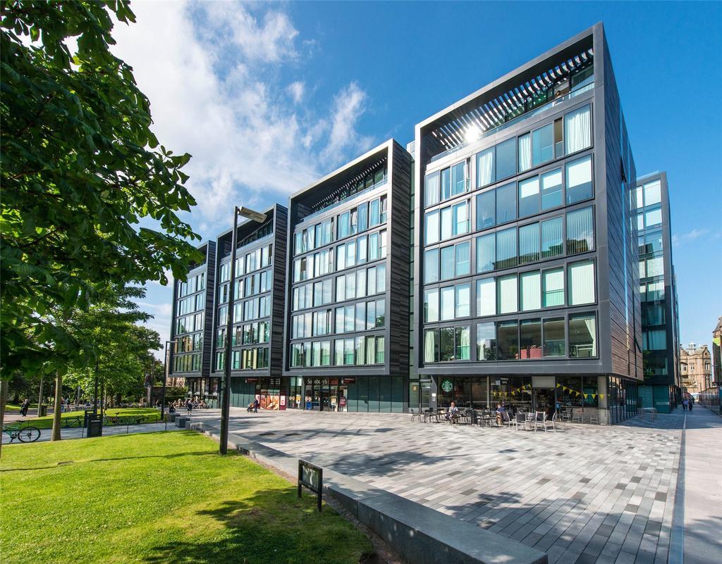2 Bedrooms Penthouse Flat for sale in Simpson Loan, Edinburgh, Midlothian