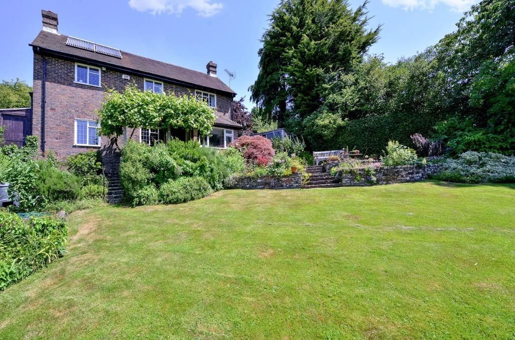 4 Bedrooms Detached House for sale in West Furlong Lane Hurstpierpoint West Sussex BN6