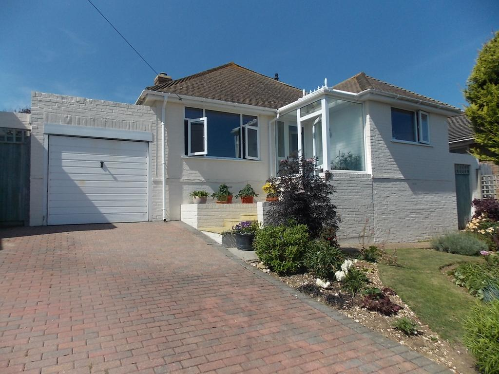 3 Bedrooms Detached Bungalow for sale in Saltdean