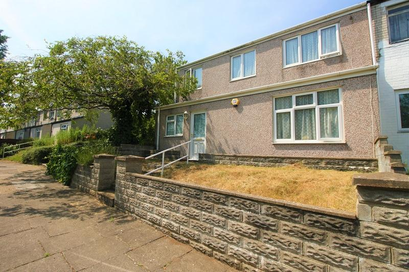 3 Bedrooms End Of Terrace House for sale in Oakway , Fairwater , Cardiff, Cardiff. CF5 3EG