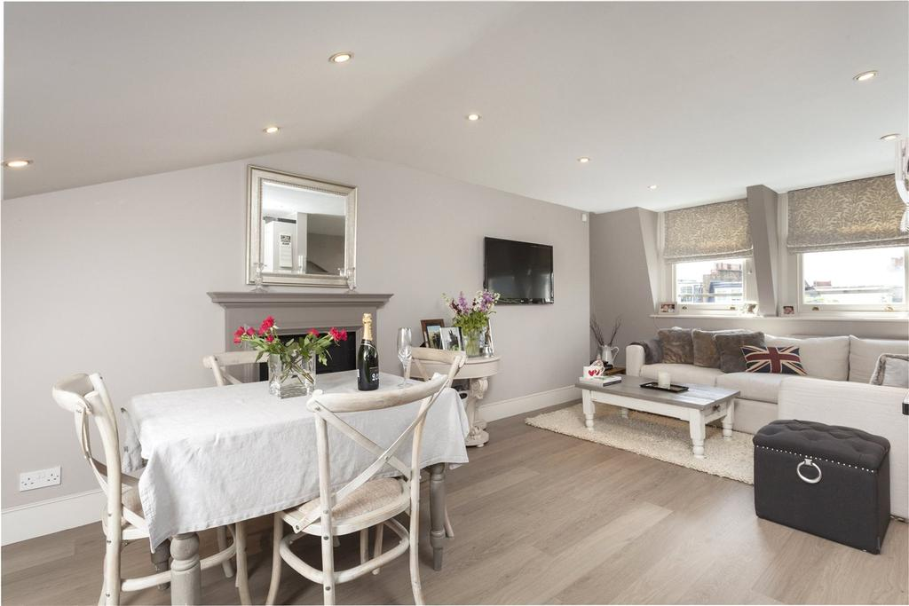 3 Bedrooms Maisonette Flat for sale in Aynhoe Road, Brook Green, London, W14