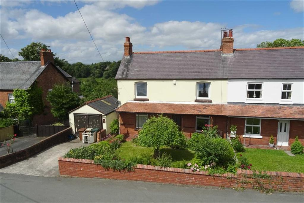 3 Bedrooms Cottage House for sale in 49, Oaklands Road, Chirk Bank, Shropshire, LL14
