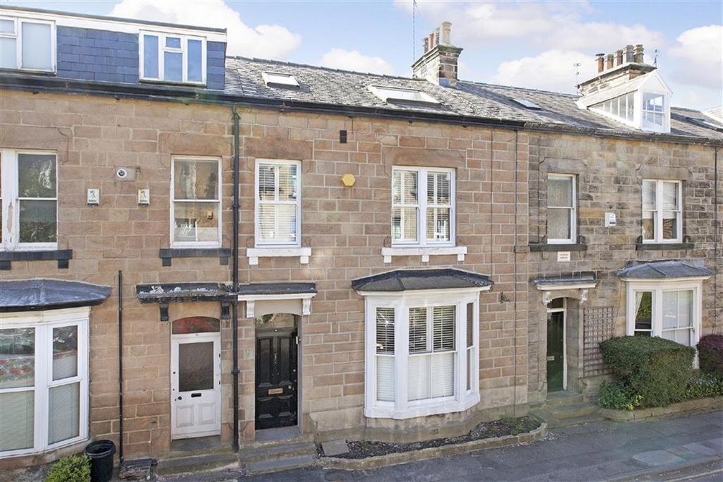 3 Bedrooms Terraced House for sale in Robert Street, Harrogate, North Yorkshire