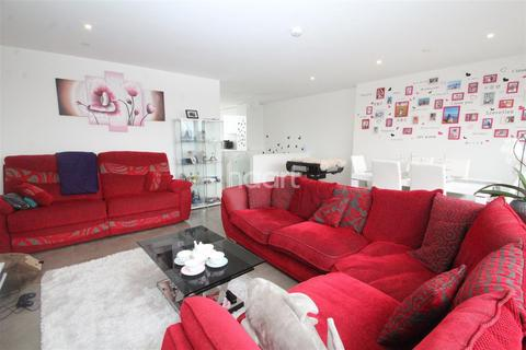 3 bedroom apartment to rent - Canal Street, NG1