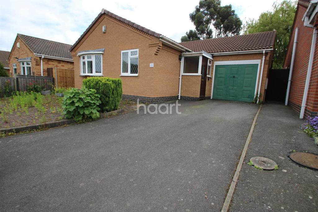 2 Bedrooms Bungalow for sale in Fontwell Drive