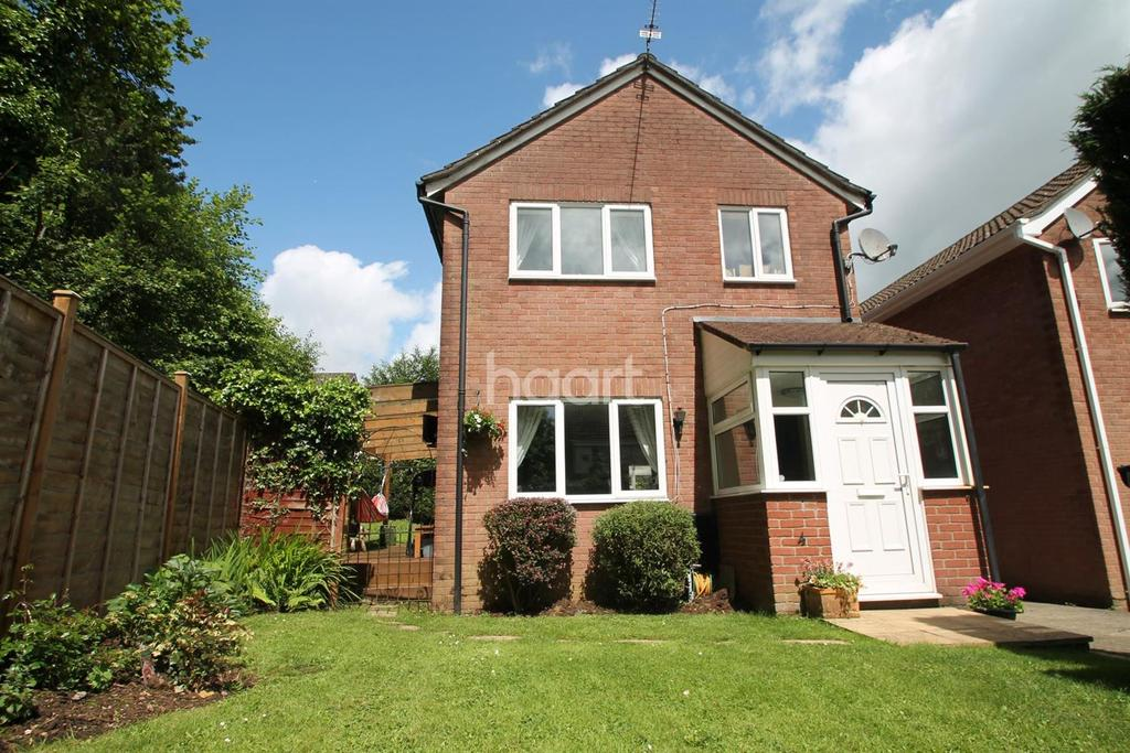 3 Bedrooms Detached House for sale in The Brades, Caerleon,