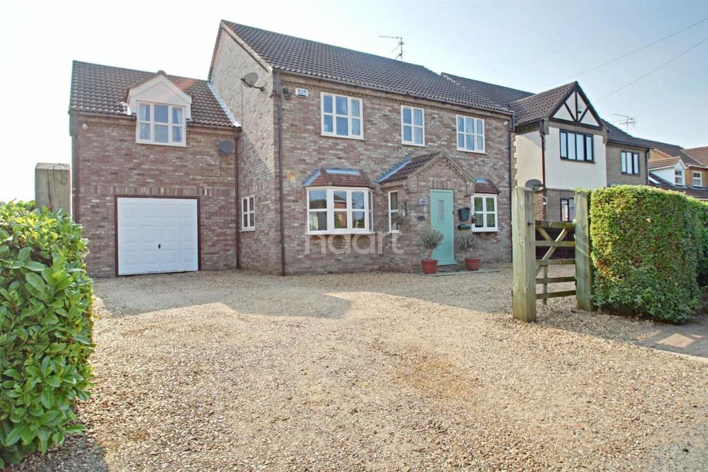 4 Bedrooms Detached House for sale in Ringers Lane, Leverington