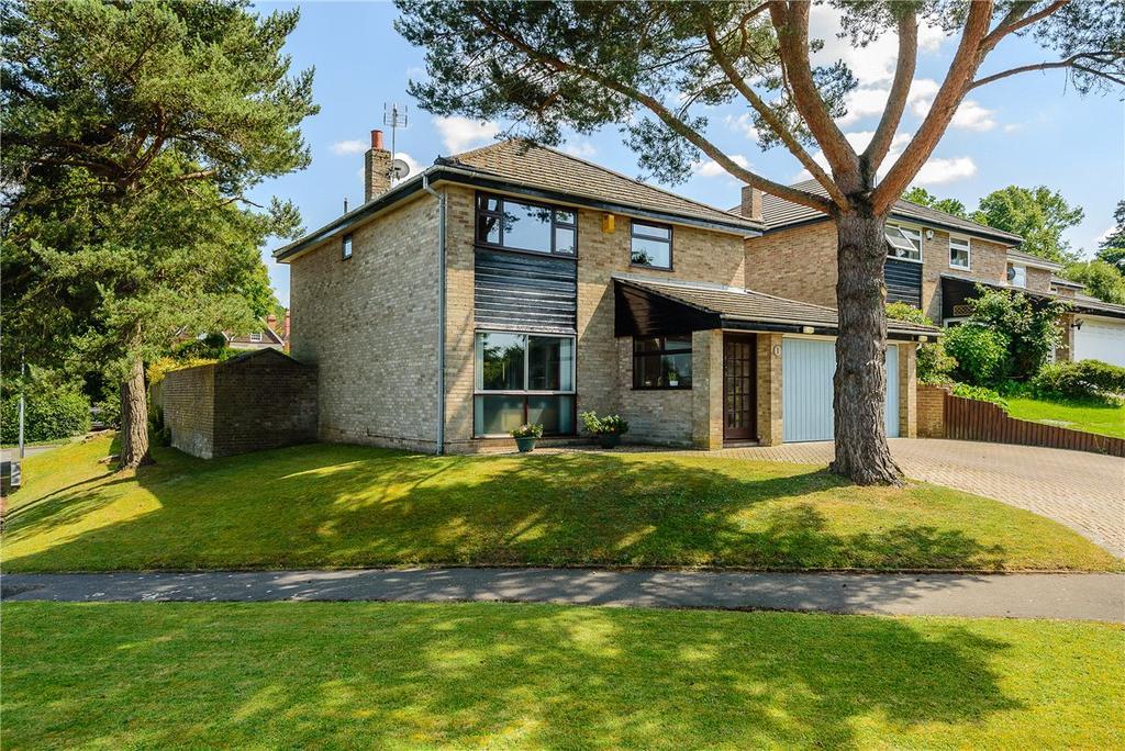 4 Bedrooms Detached House for sale in Kingsland Grange, Newbury, Berkshire, RG14