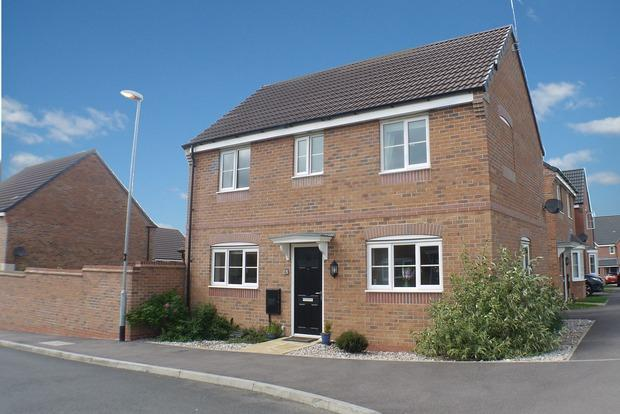 3 Bedrooms Detached House for sale in Eady Drive, Market Harborough, LE16