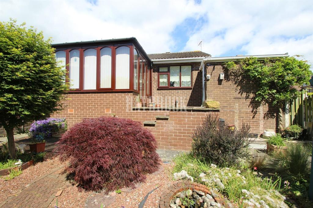 2 Bedrooms Bungalow for sale in Sheffield