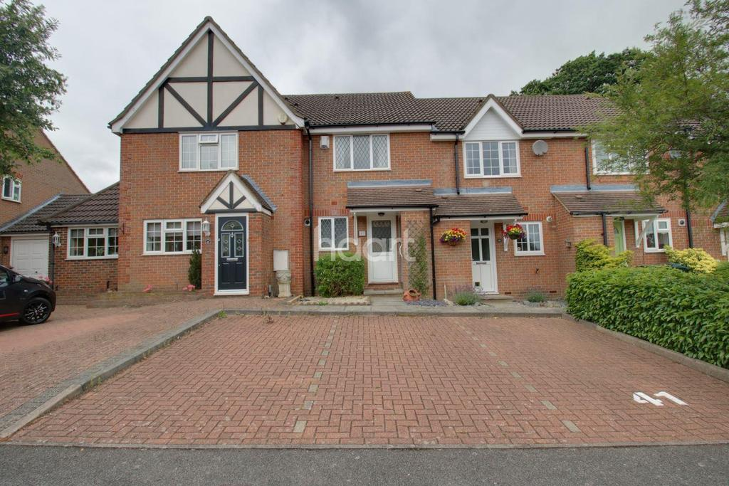 2 Bedrooms Terraced House for sale in Magnolia Avenue, Abbots Langley, WD5