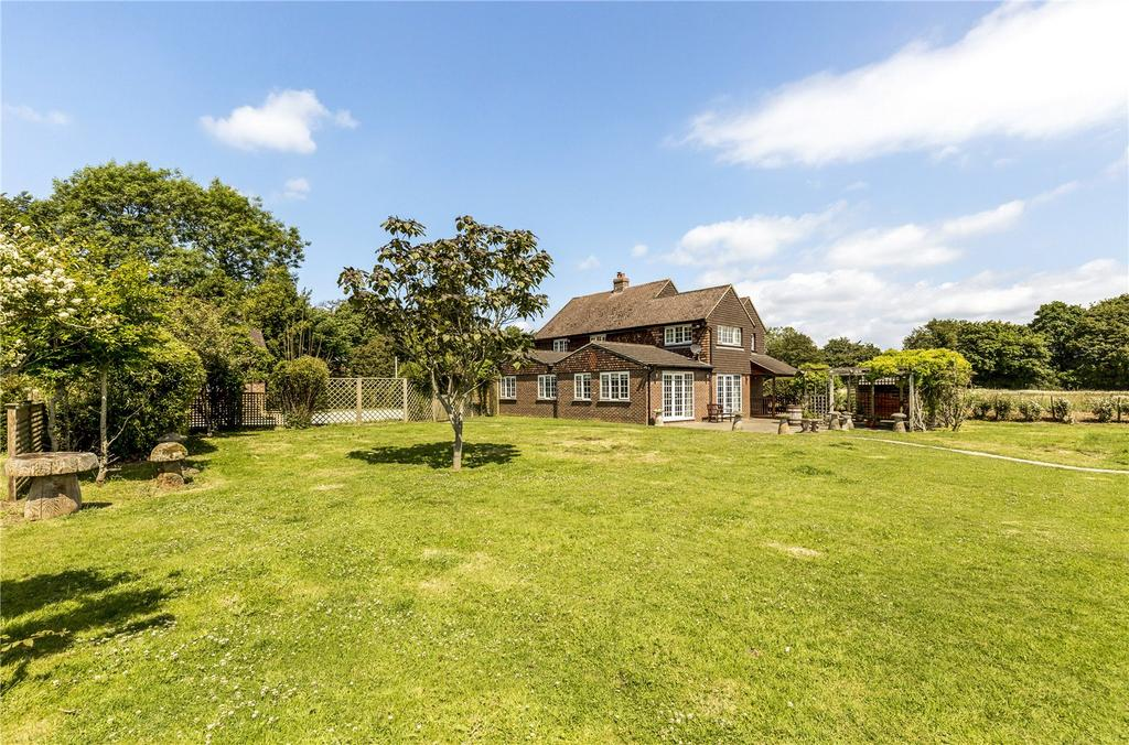 4 Bedrooms Detached House for sale in Southbrook Road, West Ashling, Chichester, West Sussex