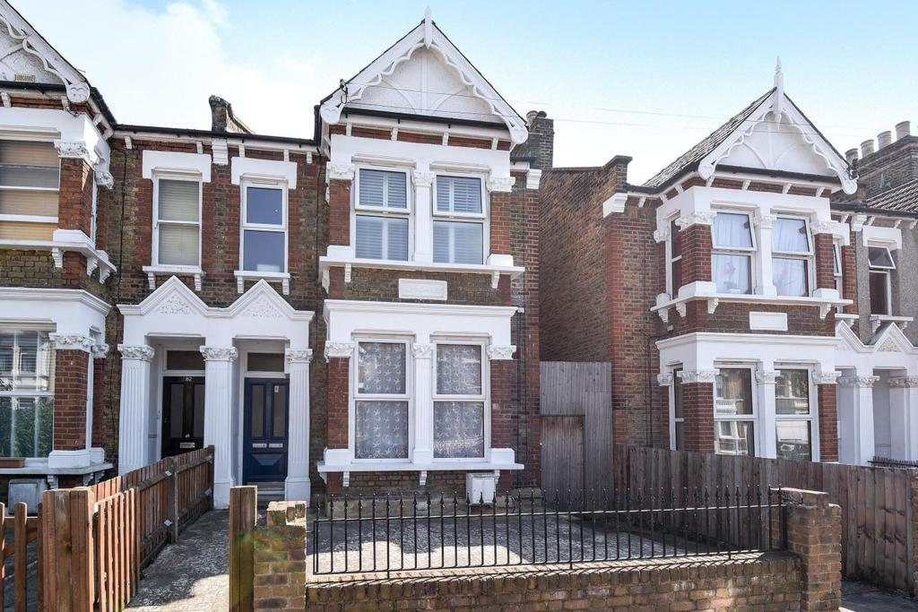 2 Bedrooms Flat for sale in Ringstead Road, Catford, SE6