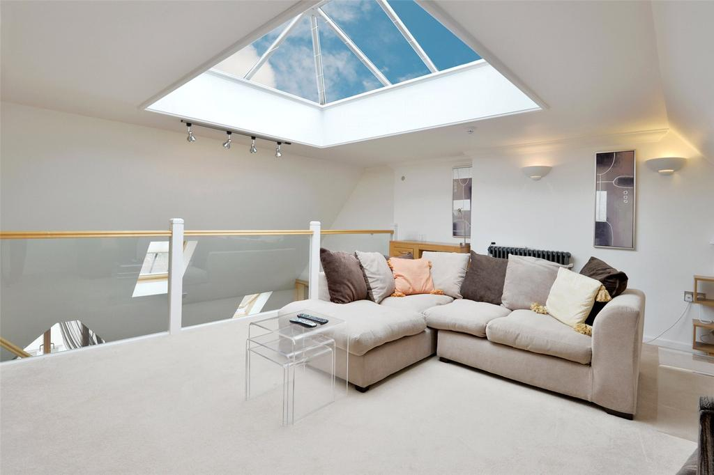2 Bedrooms Flat for sale in Carausius Court, 9 Adelaide Place, Canterbury, Kent