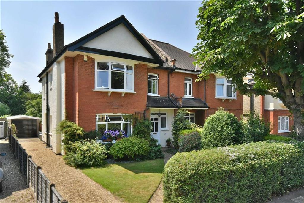 5 Bedrooms Semi Detached House for sale in Sandford Road, Bromley, Kent
