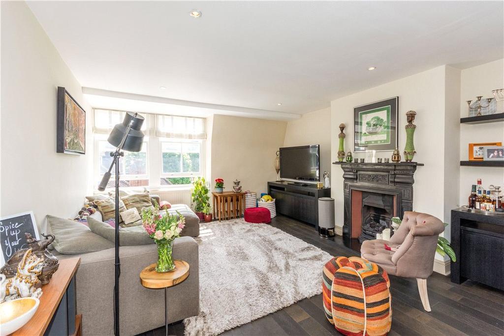 2 Bedrooms Flat for sale in Glenloch Road, Belsize Park, London, NW3