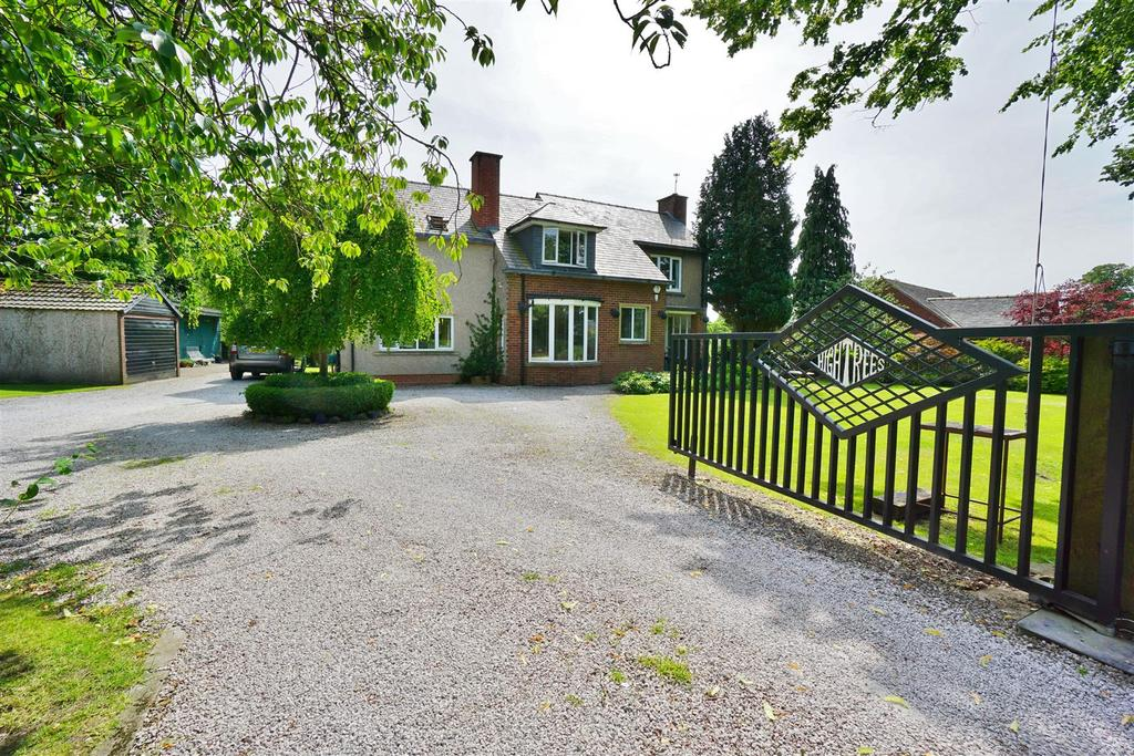 4 Bedrooms House for sale in Littlemoor, Clitheroe