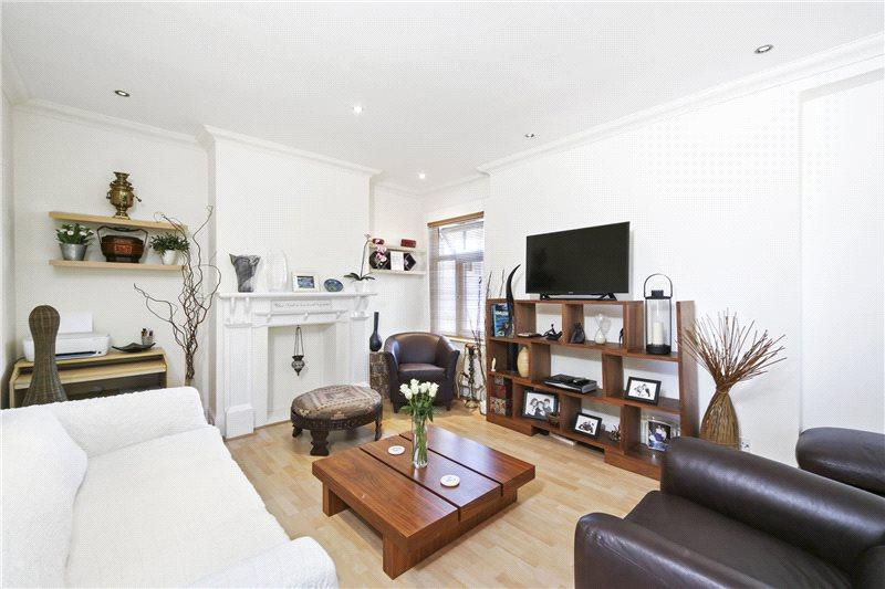 2 Bedrooms Flat for sale in Sedgeford Road, London, W12