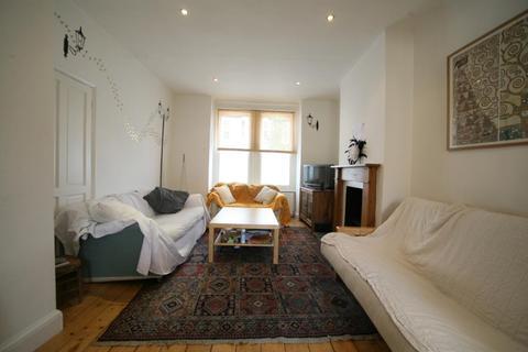 3 bedroom terraced house to rent - Earlsmead Road, Kensal Green, NW10
