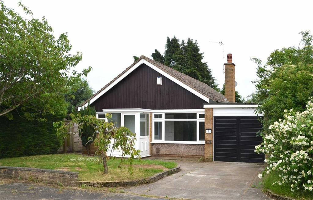 3 Bedrooms Detached Bungalow for sale in Cawood Close, Little Sutton, CH66