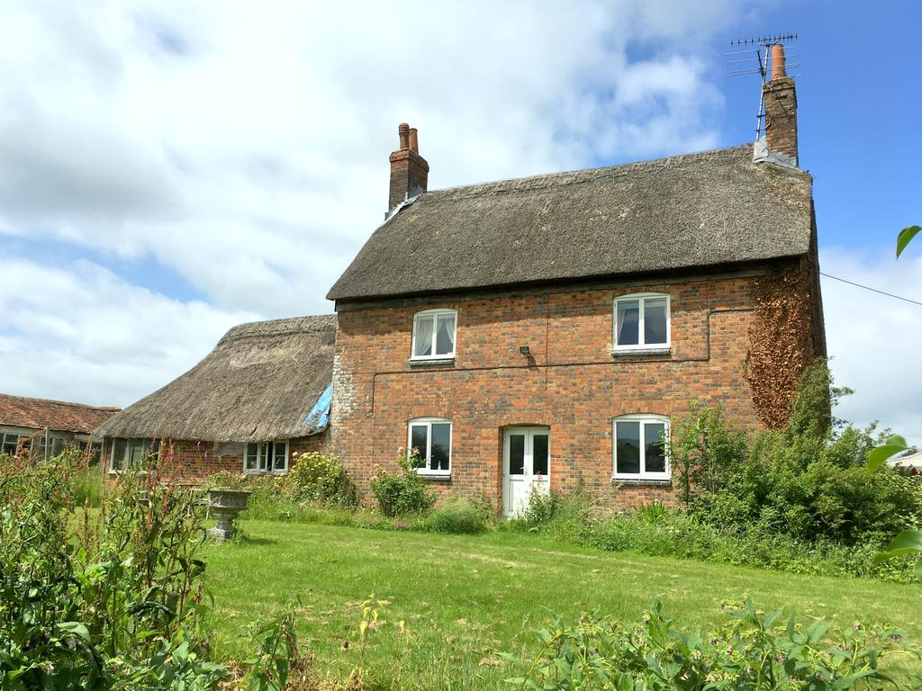 4 Bedrooms Unique Property for sale in Westcourt, Burbage, Marlborough, Wiltshire