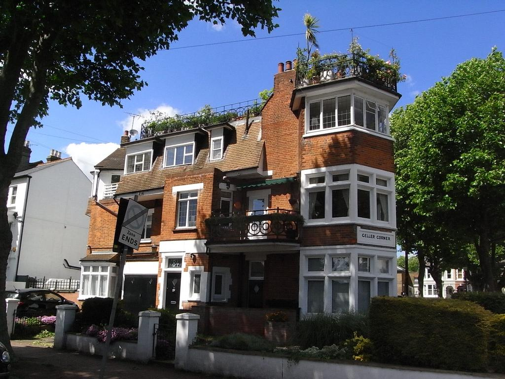 1 Bedroom Apartment Flat for sale in 84 Alexandra Road, Southend on Sea SS1