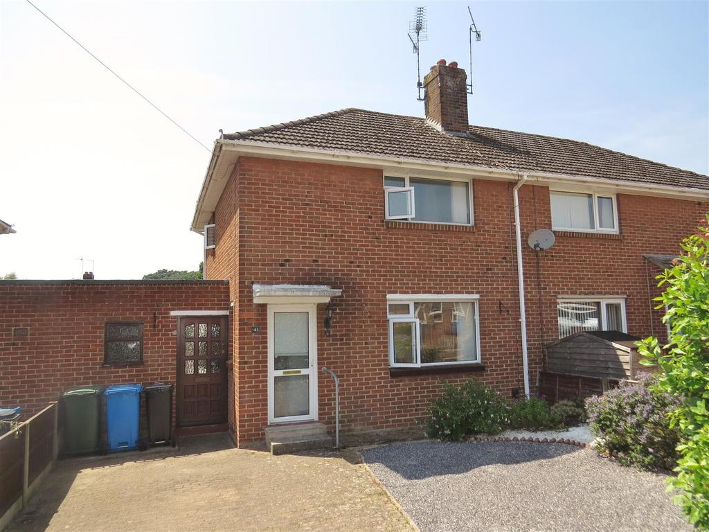 2 Bedrooms House for sale in Gough Crescent, Poole