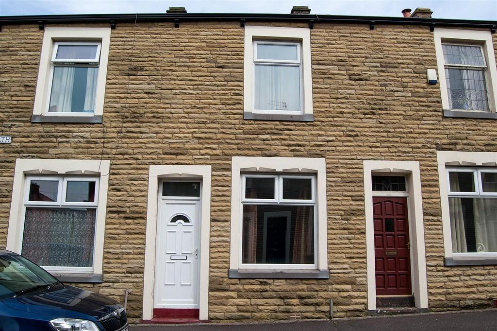 2 Bedrooms Terraced House for sale in Athol Street North, Burnley