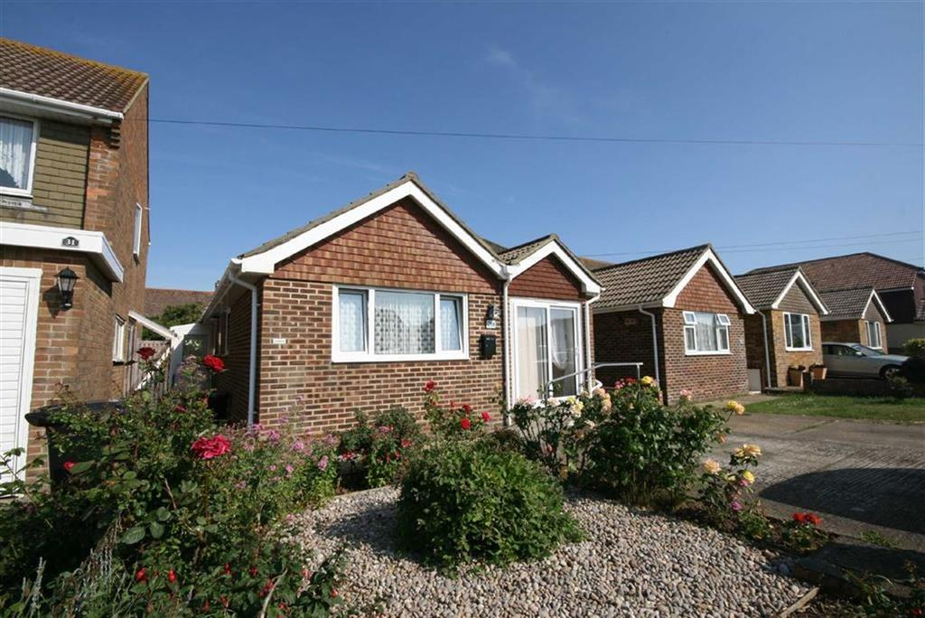 3 Bedrooms Semi Detached Bungalow for sale in Seaview Avenue, Peacehaven