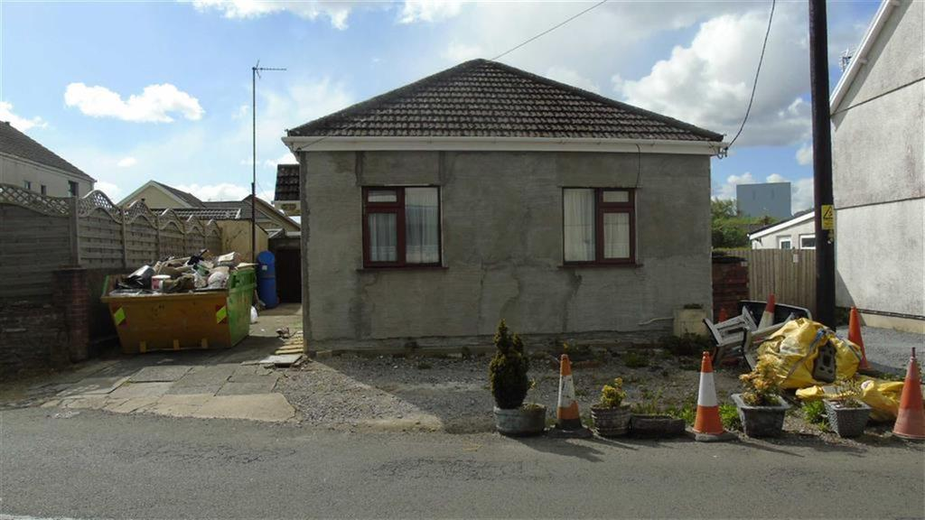 3 Bedrooms Detached Bungalow for sale in Tyn Y Bonau Road, Swansea, SA4