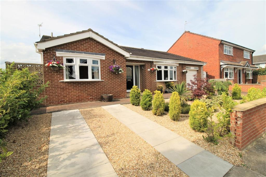 3 Bedrooms Detached Bungalow for sale in Dillside, Stockton-On-Tees